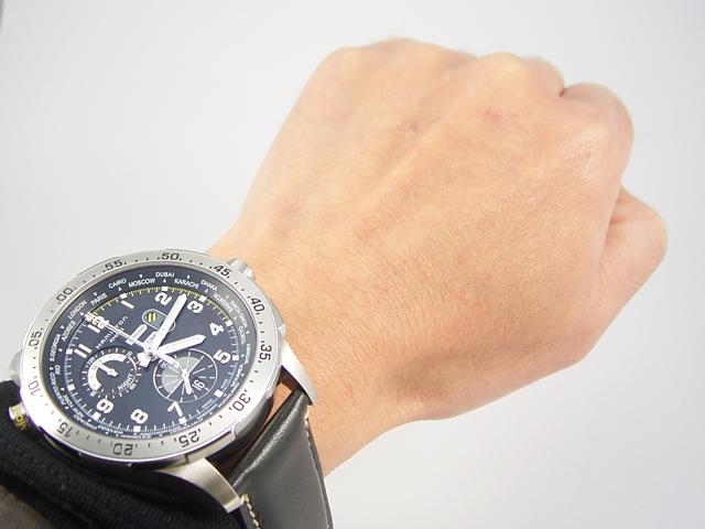 ハミルトン カーキ クロノ ワールドタイマー H76714735正規品 腕時計