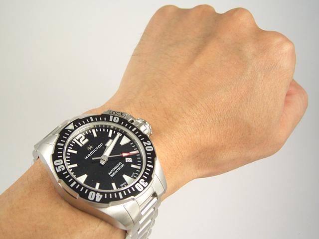ハミルトン・カーキネイビーオープンウォーターH77605135 腕時計